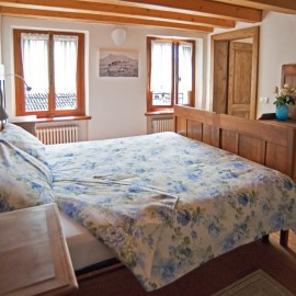 bed_and_breakfast_bus_de_loch_feltre_02